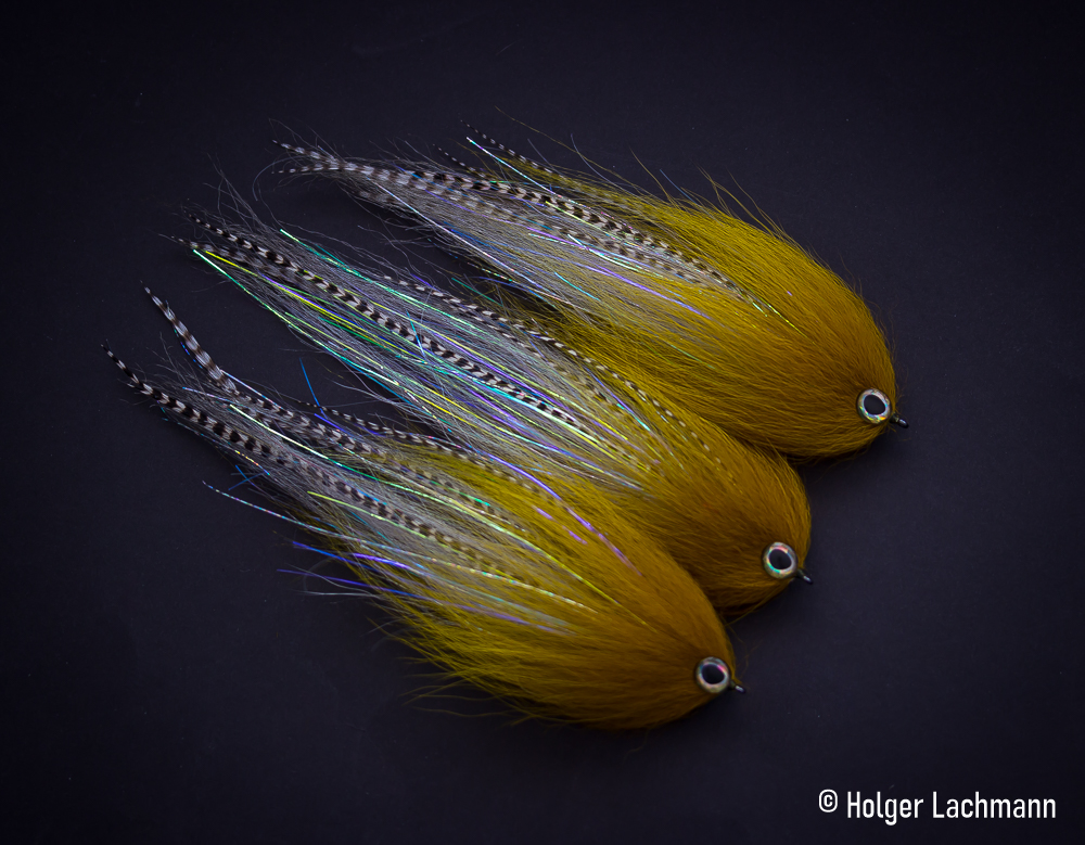 Jig WHITE   Fly Tying  Streamers FULL DEER TAIL  Color Musky